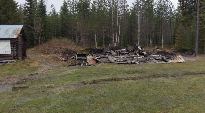 Brunflo brukshundklubbs stuga har brunnit ner 180511